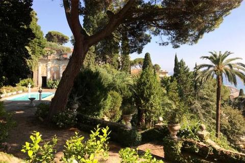 8 bedroom house  - Via Don Minzoni, Rapallo, Liguria, Italy