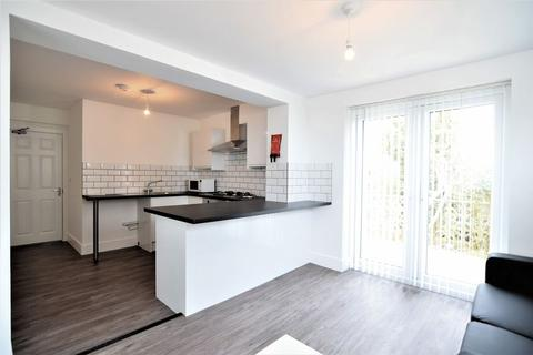 6 bedroom house to rent - Mountfields, Brighton