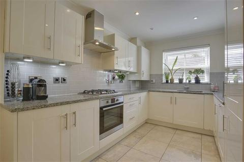 4 bedroom semi-detached house for sale - Katherine Close, Mill Hill, London, NW7
