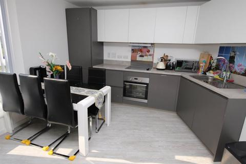 3 bedroom flat to rent - Temple House - P1613