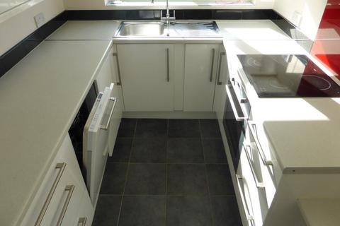 2 bedroom flat to rent - Preston Park Avenue - P1333