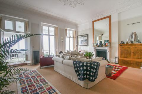 2 bedroom apartment to rent - Chichester Terrace, Kemp Town