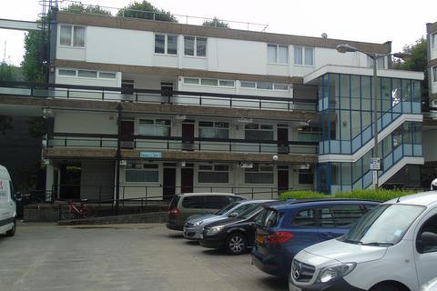 2 bedroom flat to rent - Carmichael Close, Clapham Junction, London SW11