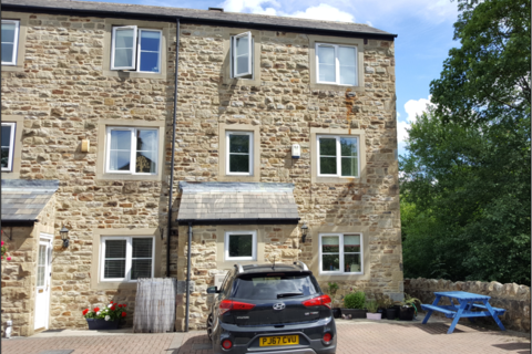3 bedroom semi-detached house to rent - Skipton BD23