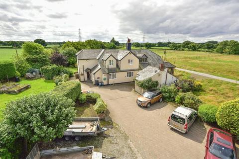 4 bedroom semi-detached house for sale - Welsh Road,, Ledsham, Ellesmere Port, Cheshire