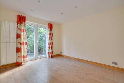 3 bedroom semi-detached house to rent - Walden Avenue, Chislehurst, BR7