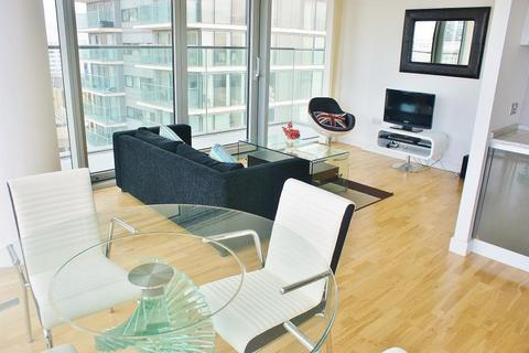 2 bedroom flat for sale - The Landmark West Tower, 22 Marsh Wall, Canary Wharf, E14 9AH