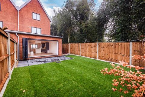 4 bedroom house for sale - Plots 2 - 6 Barons Hall Lane, Fakenham