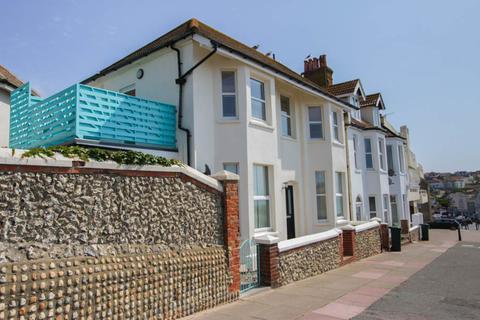 2 bedroom flat for sale - Marine Drive, Rottingdean, Brighton