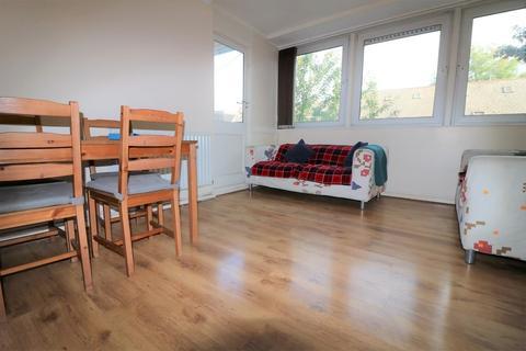 4 bedroom apartment to rent - Georges Road N7