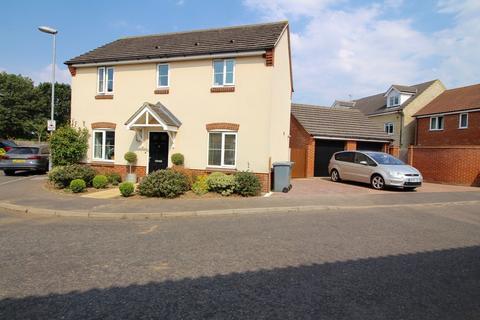 3 bedroom detached house for sale - Overton Way, Reepham