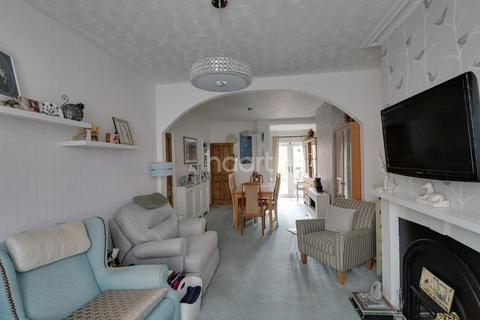 2 bedroom terraced house for sale - Clarke Road Abington Northampton
