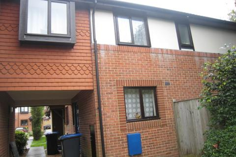 3 bedroom end of terrace house to rent - Michelbourne Close, Burgess Hill RH15