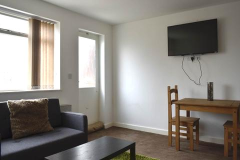 2 bedroom flat to rent - Temperance Hall, Wesley Road, Armley