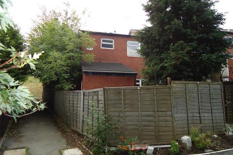 3 bedroom townhouse for sale - Malvern Rise, Beeston, LS11 8PA