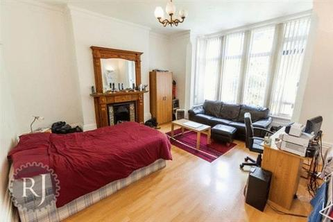 1 bedroom house share to rent - Narborough Road, LE3