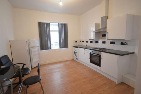 Studio to rent - Flat 3, York Road, Leicester, LE1