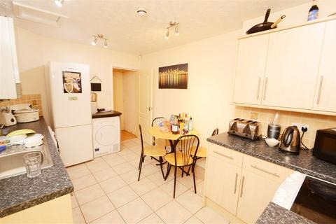 3 bedroom house to rent - Carill Drive, Manchester