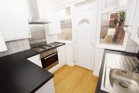 2 bedroom house to rent - Edith Avenue, Manchester