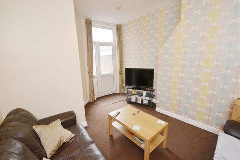 4 bedroom house to rent - Redruth Street, Manchester