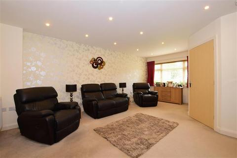 Bed Houses For Sale Cubitt And West Banstead