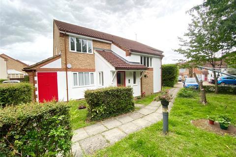2 bedroom flat for sale - Swallows Oak, Abbots Langley, Herts, WD5