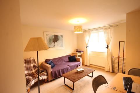 2 bedroom ground floor flat to rent - Carpathian Court,  Augusta Street, Birmingham B18