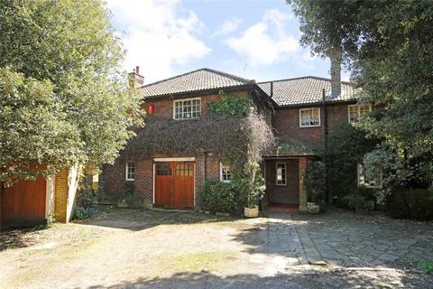 6 bedroom detached house for sale - Coach House Lane, Wimbledon, SW19