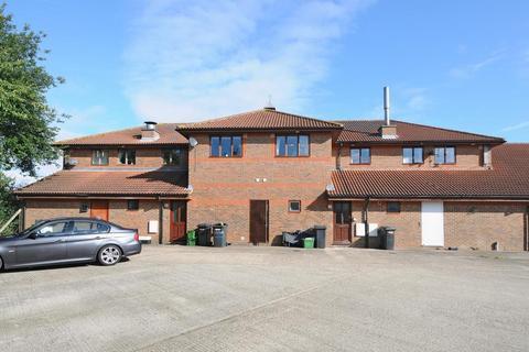2 bedroom apartment to rent - Thatcham, Berkshire, RG18