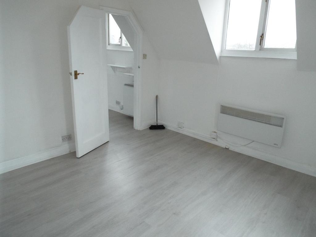 Flat 1 (Studio)