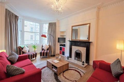 2 bedroom flat to rent - Bruntsfield Avenue, Bruntsfield, Edinburgh, EH10 4EL