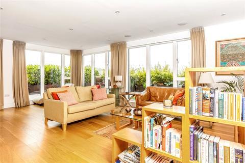 3 bedroom penthouse to rent - Marlowe House, Kingsley Walk, Cambridge, CB5