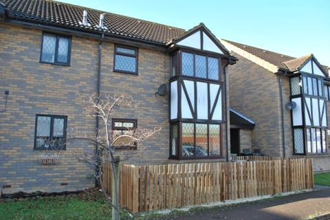 1 bedroom terraced house to rent - Astral Close, Henlow, SG16