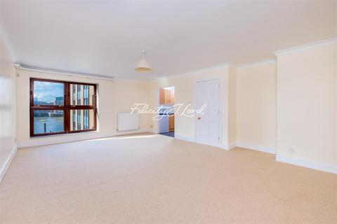 2 bedroom flat to rent - St Katherines Way, E1W