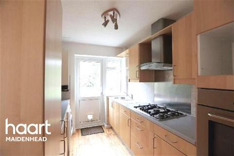 3 bedroom detached house to rent - Beamont Close, Lowbrook Catchment
