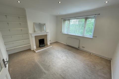 2 bedroom flat to rent - The Hill, Church Hill