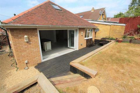 4 bedroom bungalow for sale - Solent Avenue, Southampton