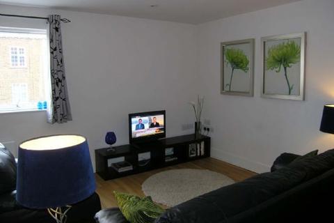 1 bedroom apartment to rent - Epsom, Short term only - weekly rental £450 per week