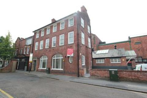 Bar and nightclub to rent - The Old Post Office, Exchange Street, Retford, DN22 6BL