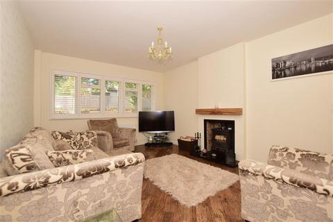 2 bedroom detached bungalow for sale - Guy Road, Wallington, Surrey
