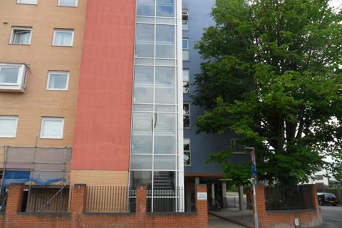 1 bedroom flat to rent - Anglesea Terrace,