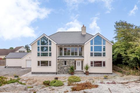 4 bedroom detached house for sale - Four Mile Bridge, Holyhead, Anglesey, LL65