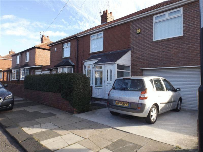4 Bedrooms Semi Detached House for sale in Kings Road, Wallsend - Extended Four Bedroom Semi Detached House