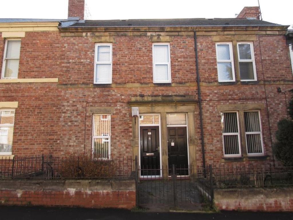 1 Bedroom Flat for sale in Villa Place , Gateshead - One Bedroom Ground Floor Flat