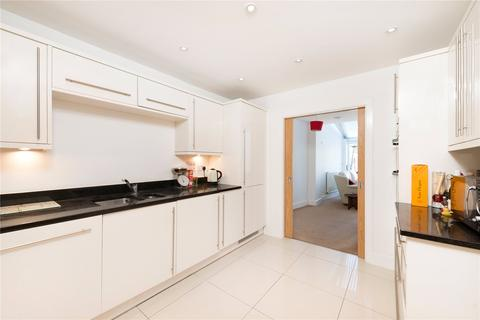3 bedroom house to rent - Hepdon Mews, London, SW17