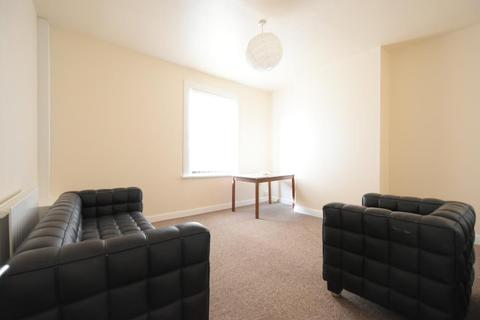 2 bedroom apartment to rent - Extremely spacious 2 bedroom apartment in Harborne
