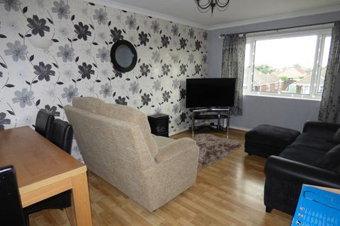 3 bedroom flat to rent - Fieldhouse Road, Humberston DN36