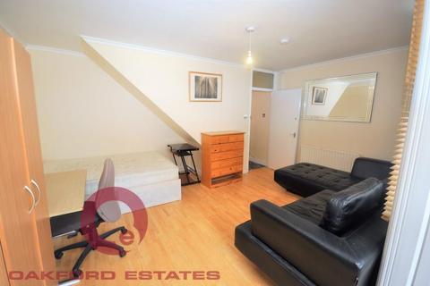 4 bedroom flat to rent - Crowndale Road, Camden, London NW1