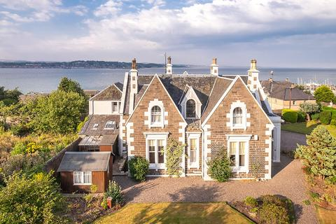 5 bedroom detached house for sale - Castle Cottage, 11 Castle Road, Tayport, Fife, DD6