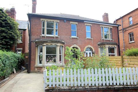 6 bedroom semi-detached house for sale - Denmark Road, Gloucester, GL1